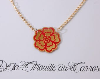 Flower necklace, gold and Red