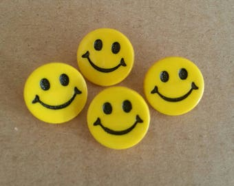 Fancy, smiling Smiley yellow button