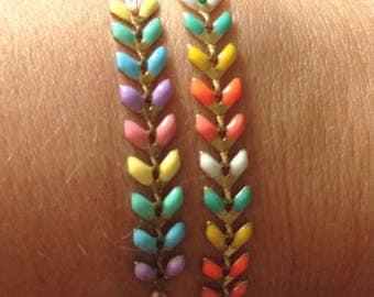 Color flashy on sliding knot bracelet