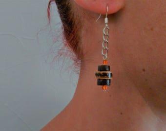 Coconut wood and Metal earrings