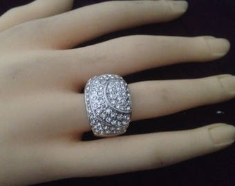 Silver plated ring & rhinestones size 58