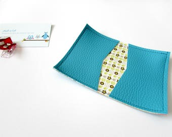 Faux leather card holder and cotton