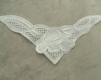 fine inlay embroiderie