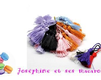 ORANGE 1 tassel size 4 to 5 cm