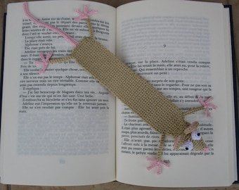 Crochet beige mouse bookmark