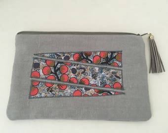 Makeup bag in linen with native patterns