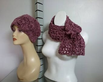 NECK AND SYNTHETIC WOOL CAP