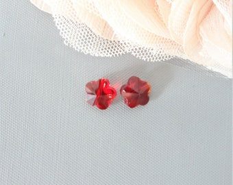 red glass, glass flower bead, bead 10 mm x 2