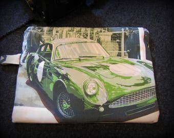 Case of arrangement with pattern British sports cars Aston Martin by deco cars