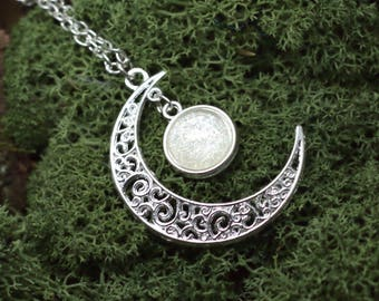 """""""Gealai"""" Moon Celtic necklace"""