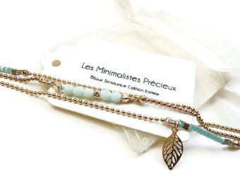 Bracelet simple multi strand gold pink and pastel blue