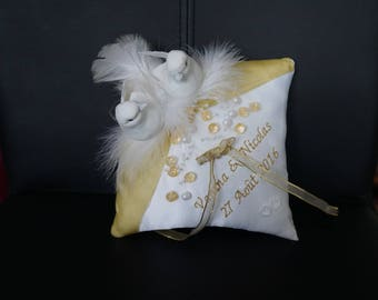 Gold and white cushion