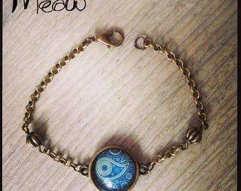 "Bracelet designed by ""Psychedelic"" shades of blue"