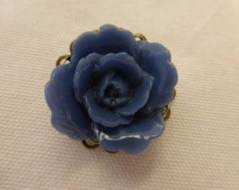 Flower brooch blue retro vintage