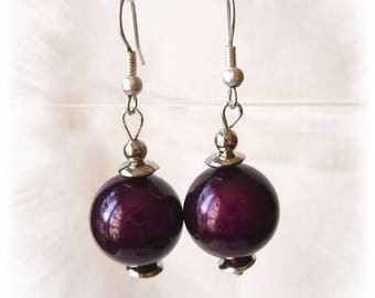 earrings with purple miracle beads / plum