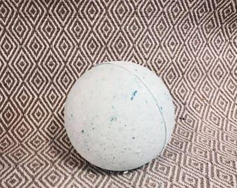 Secluded Retreat Bath Bomb