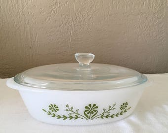 Vintage Glassbake casserole dish with lid