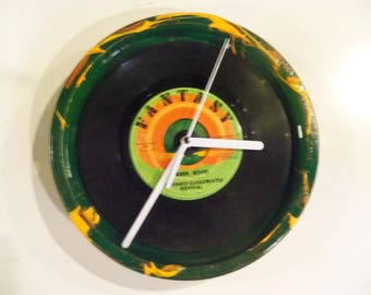 "CCR Creedence Clearwater Revival ""Green River"" Vinyl 45 Wall Clock John Fogerty Bayou"