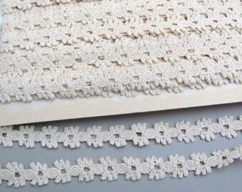 2 m - 16 mm Ecru cotton lace