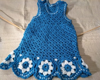Dress blue birth with flowers.