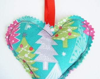 Small heating pad dry Christmas ornament - heart trees