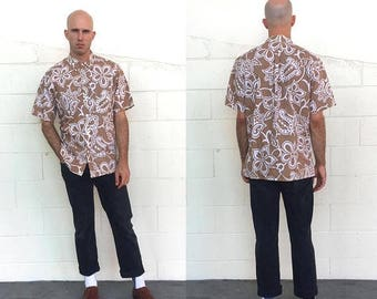 LABOR DAY SALE / 30% off Vintage 80s Malihini Hawaii Light Brown Floral Print Button Down Short Sleeved Hawaiian Shirt (size large)