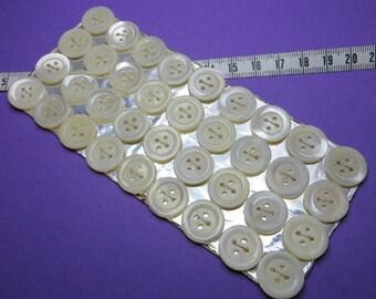 Buttons MOP 1.5 cm (36) - #2034_15