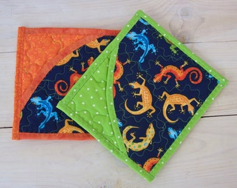 Children's quilted pot holders, Fabric pot holders, hot pads, Lizards, Pot holder set of 2, Birthday gift, Christmas gift