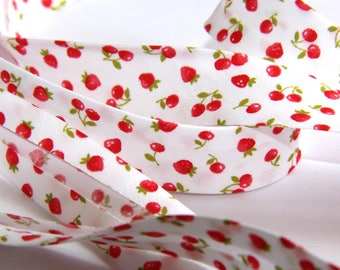FABRIC 100% COTTON STRAWBERRIES 18MM
