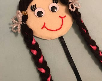 Tembleque Panamanian Hair Bow Holder Doll Panama