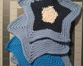 Vintage style cotton crochet star washcloths