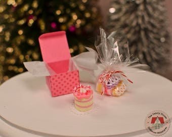 Miniature Cake & Candy - Pink, Miniature Christmas Cake and Ribbon Candy, 1:12 Scale Dollhouse Holiday Desserts
