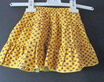 1047: skirt peasant ochre new 2 years ebondy
