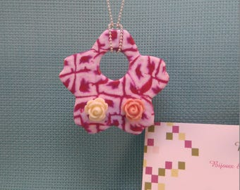 §29§ necklace in polymer clay, pink and white flower with 2 roses