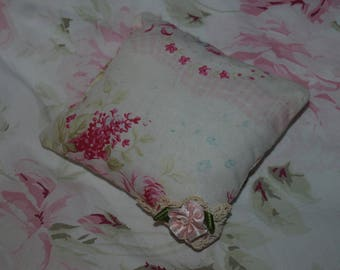 SMALL SHABBY CHIC PILLOW