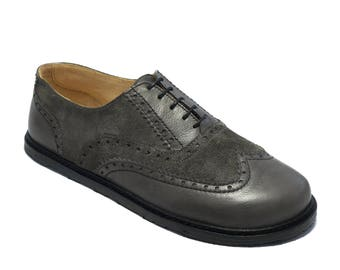 Handmade mens leather shoes/ wingtip oxfords brogued in grey