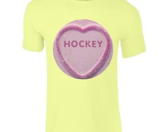 Kids Field Hockey/Field Hockey T-Shirt, Field Hockey Loveheart! Love Hockey! Fantastic Field Hockey Gifts For All The Family