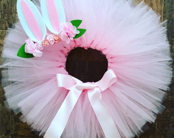 Bunny tutu set, Easter bunny outft, pink tutu and bunny ears, Birthday and Cake smash outfit, extra fluffy tutu