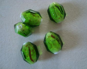 A lime green color glass bead