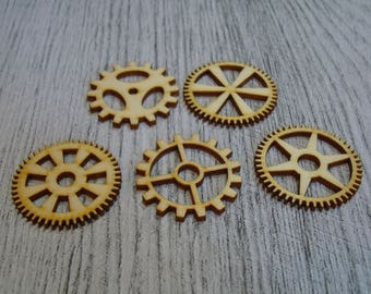 Set of 5 pieces 1382 gear embellishment wooden creations