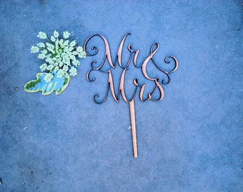 cake topper Mr and Mrs 02102 wooden parts to assemble wedding anniversary ceremony