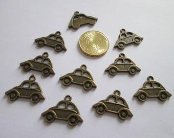 10 breloque voiture en métal couleur bronze 22 X 15 mm