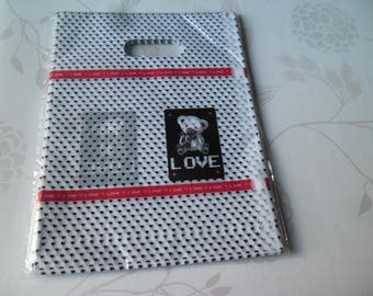x 5 bags/pouch plastic packaging white patterned 20 x 15 cm