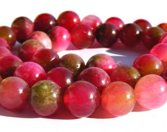 8 kunzites de 8 mm perles pierre verte et rouge.