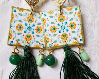 Paper Earrings with green Nappa