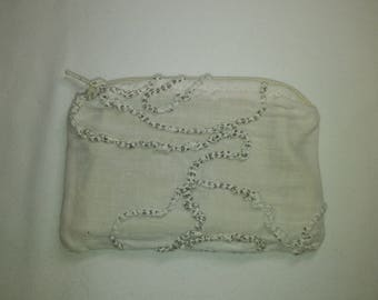 Wallet made of unbleached cotton fabric