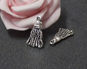 x 8 charms antique silver 21 x 11 mm BRA216 tassel