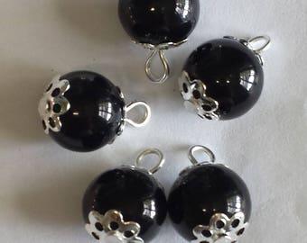 5 pendants 10mm black glass beads