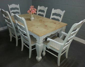 Absolute stunning Shabby Chic Extending table set