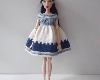 Dress up doll